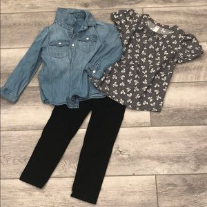 Adorable bows sand jean shirt 👕 outfit